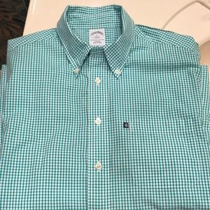 Brooks Brothers 346 Modern Slim Fit Button Down